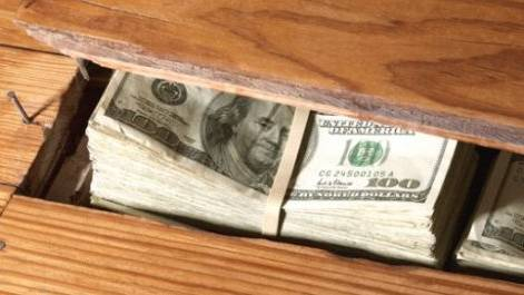 El Dinero es Cobarde y  no le Interesa el Patriotismo
